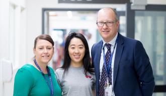 ICU Nurse Unit Manager Michelle Spence, Erin Shi and Director ICU A/Prof Chris MacIsaac